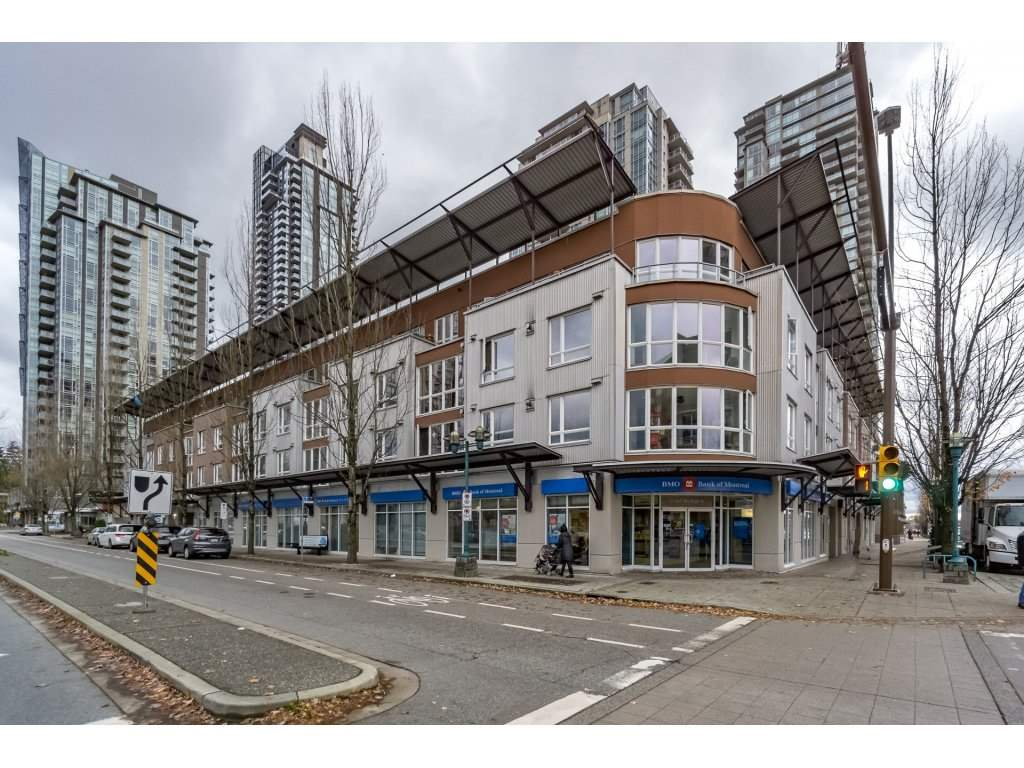 "Main Photo: PH17 1163 THE HIGH Street in Coquitlam: North Coquitlam Condo for sale in ""THE KENSINGSTON"" : MLS®# R2221890"