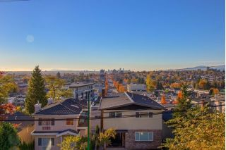 Main Photo: 372 DELTA Avenue in Burnaby: Capitol Hill BN House for sale (Burnaby North)  : MLS® # R2239476