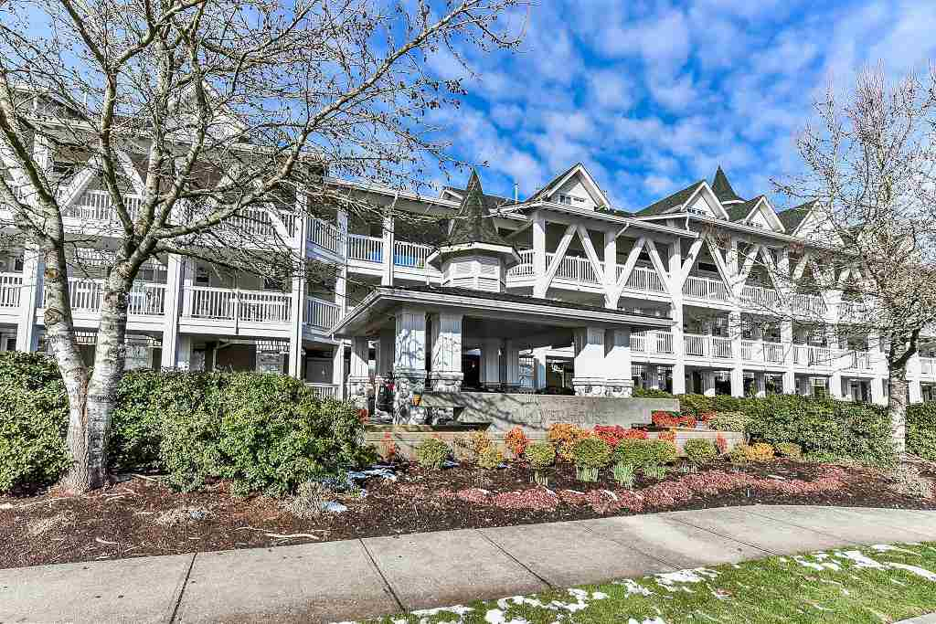 "Main Photo: 209 6263 RIVER Road in Ladner: East Delta Condo for sale in ""RIVERHOUSE"" : MLS®# R2240495"