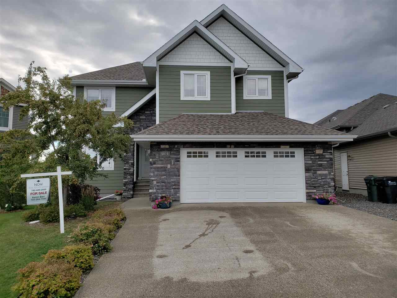 Main Photo: 5024 CEYLON Close: Sherwood Park House for sale : MLS®# E4126910