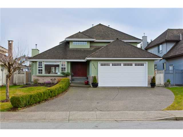 "Main Photo: 1827 WALNUT in Coquitlam: Central Coquitlam House for sale in ""LAURENTIAN HEIGHTS"" : MLS® # V878735"