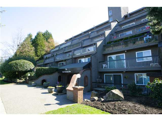 "Main Photo: 415 774 GREAT NORTHERN Way in Vancouver: Mount Pleasant VE Condo for sale in ""PACIFIC TERRACES"" (Vancouver East)  : MLS(r) # V880299"