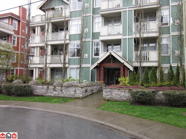 "Main Photo: 311 15350 16A Avenue in Surrey: King George Corridor Condo for sale in ""OCEAN BAY VILLAS"" (South Surrey White Rock)  : MLS® # F1118359"