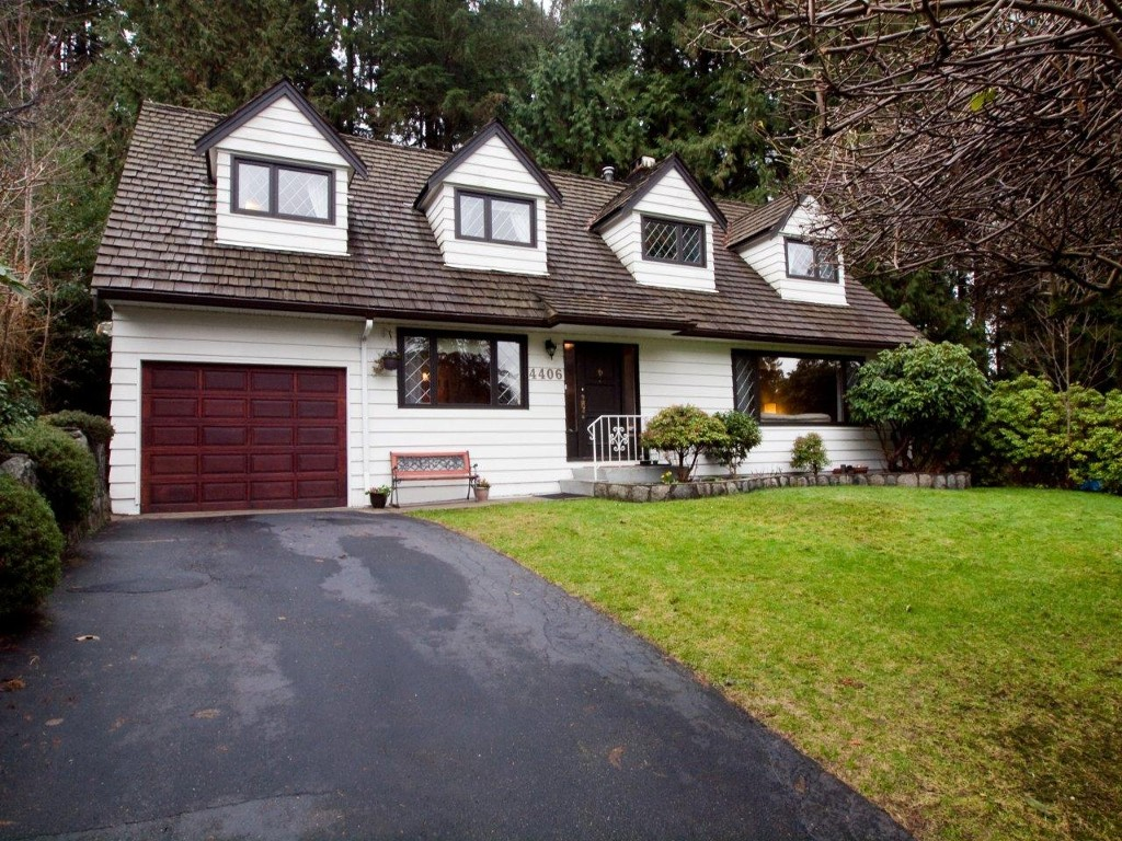 Main Photo: 4406 Glencanyon Street in North Vancouver: Upper Delbrook House for sale : MLS(r) # V928587