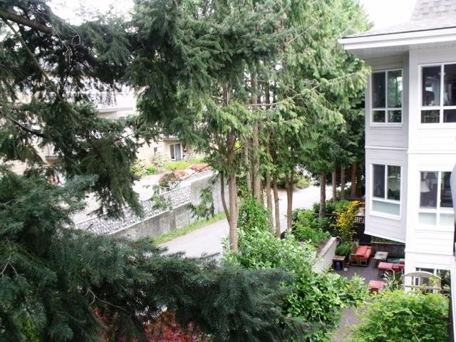 "Photo 18: 202 1330 MARTIN Street: White Rock Condo for sale in ""THE COACH HOUSE"" (South Surrey White Rock)  : MLS(r) # F1400148"