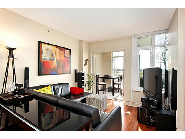 "Photo 5: 331 2288 W BROADWAY in Vancouver: Kitsilano Condo for sale in ""The Vine"" (Vancouver West)  : MLS(r) # V1053566"