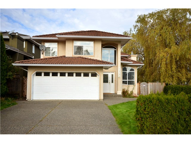 Main Photo: 14399 74A Avenue in Surrey: East Newton House for sale : MLS®# F1409615