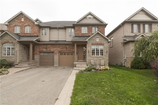 Main Photo: 10 Viceroy Crest in Brampton: Northwest Sandalwood Parkway House (2-Storey) for sale : MLS® # W3329615