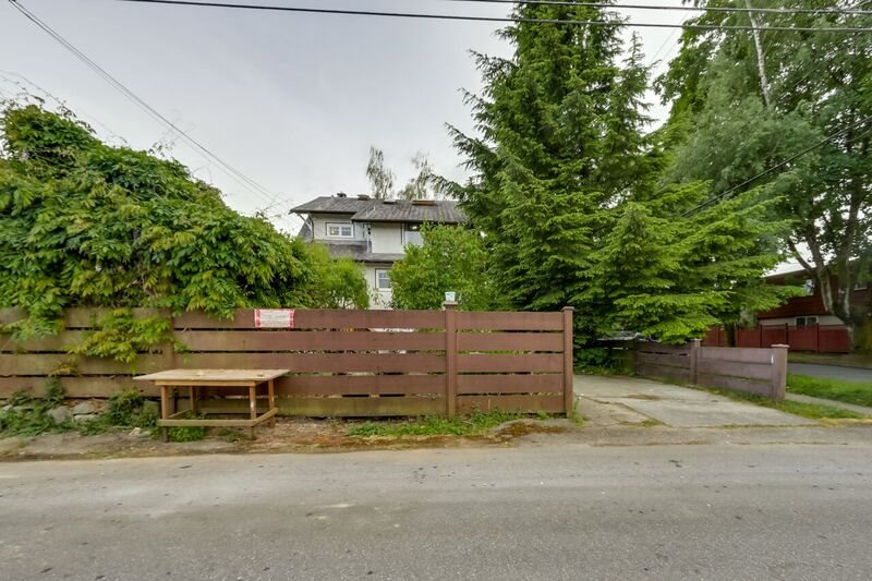 Photo 16: 3793 W 24TH Avenue in Vancouver: Dunbar House for sale (Vancouver West)  : MLS® # R2072667