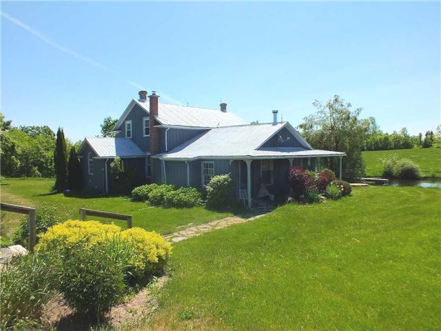 Main Photo: 876170 E 5th Line in Mulmur: Rural Mulmur House (2-Storey) for sale : MLS®# X3520869