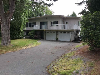 Main Photo: 1934 136 Street in Surrey: Crescent Bch Ocean Pk. House for sale (South Surrey White Rock)  : MLS(r) # R2148291
