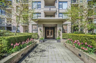"Main Photo: 107 2263 REDBUD Lane in Vancouver: Kitsilano Condo for sale in ""Tropez"" (Vancouver West)  : MLS(r) # R2158888"