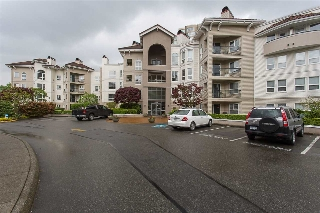 "Main Photo: 102 3172 GLADWIN Road in Abbotsford: Central Abbotsford Condo for sale in ""Regency Park"" : MLS(r) # R2164654"