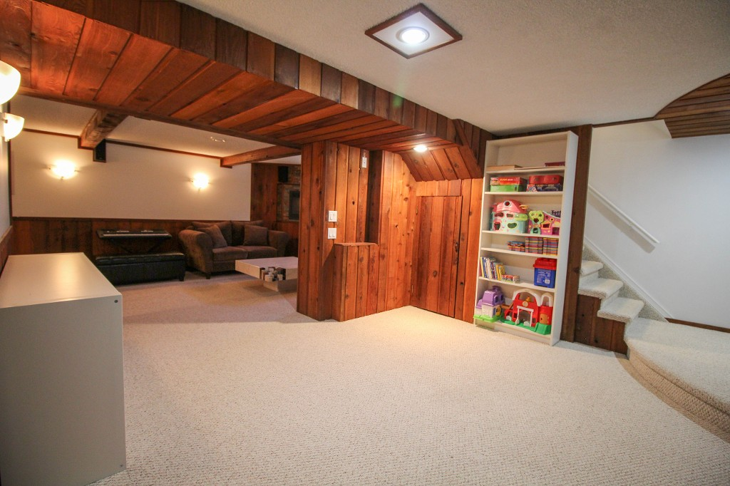 Photo 26: 129 Broad Bay - North Kildonan Bungalow for sale