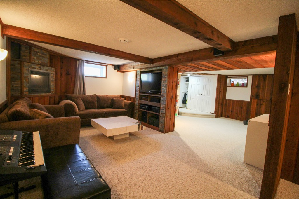Photo 27: 129 Broad Bay - North Kildonan Bungalow for sale