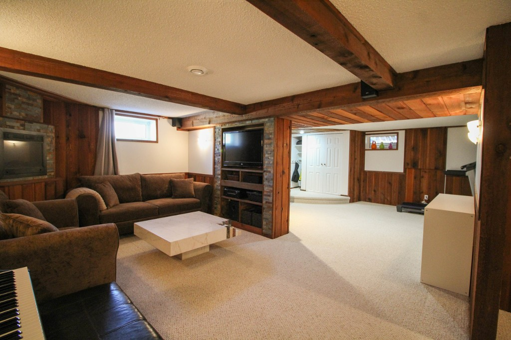Photo 30: 129 Broad Bay - North Kildonan Bungalow for sale