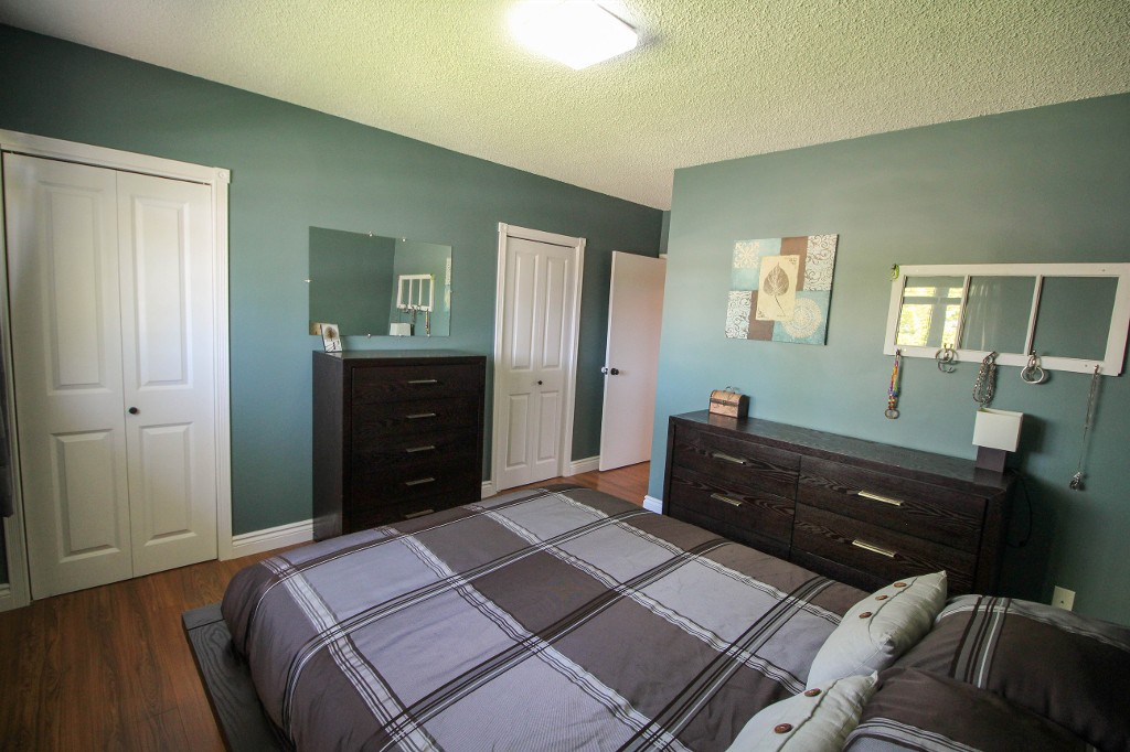 Photo 21: 129 Broad Bay - North Kildonan Bungalow for sale