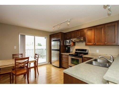 Photo 5: 101 15175 62A Ave in Surrey: Home for sale : MLS® # F1433640