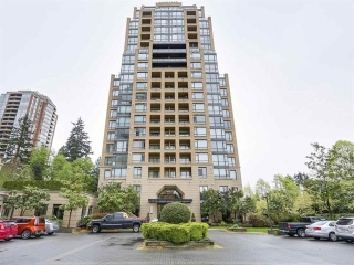 "Main Photo: 701 7388 SANDBORNE Avenue in Burnaby: South Slope Condo for sale in ""MAYFAIR PLACE"" (Burnaby South)  : MLS(r) # R2180860"