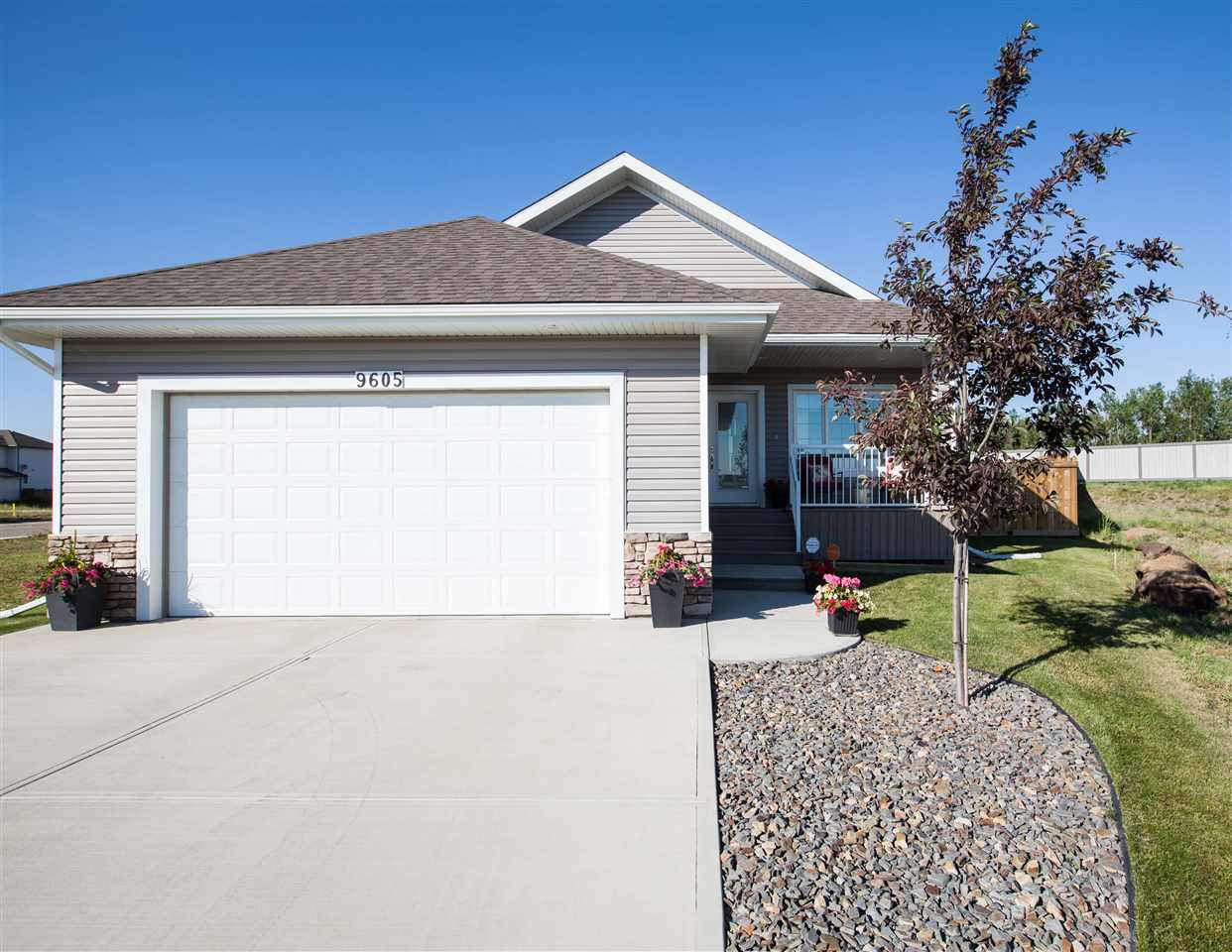 Main Photo: 9605 88 Street: Morinville House for sale : MLS(r) # E4071743