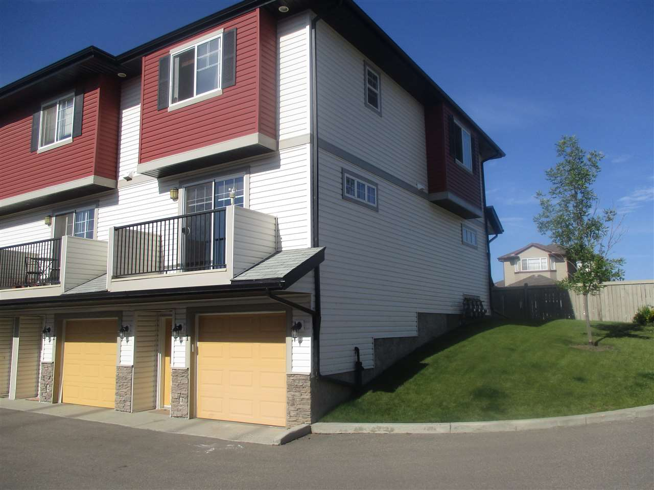 Main Photo: 1 3751 12 Street in Edmonton: Zone 30 Townhouse for sale : MLS® # E4076358