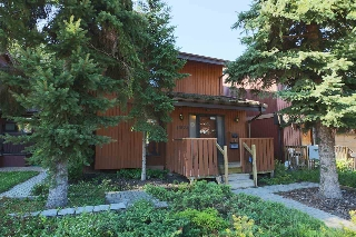 Main Photo:  in Edmonton: Zone 15 House for sale : MLS® # E4077215