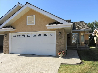Main Photo: 33 920 119 Street in Edmonton: Zone 16 House Half Duplex for sale : MLS® # E4081168