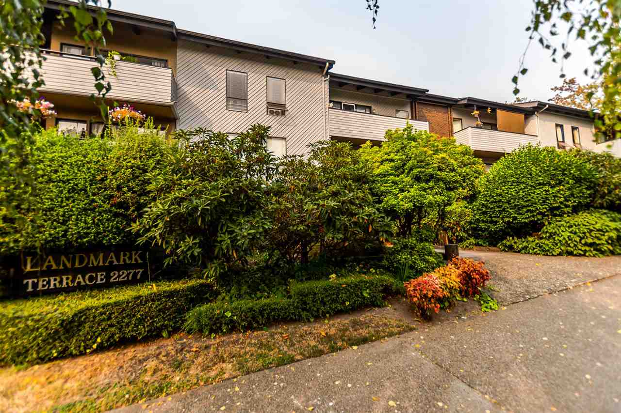 "Photo 1: 307 2277 MCGILL Street in Vancouver: Hastings Condo for sale in ""LANDMARK TERRACE"" (Vancouver East)  : MLS® # R2203911"