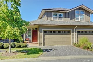 Main Photo: 13 551 Bezanton Way in VICTORIA: Co Latoria Townhouse for sale (Colwood)  : MLS® # 384179