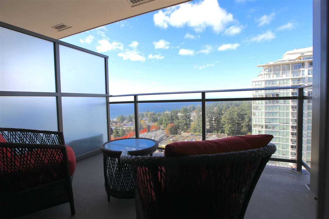 "Photo 11: Photos: 1801 1455 GEORGE Street: White Rock Condo for sale in ""AVRA"" (South Surrey White Rock)  : MLS® # R2214891"