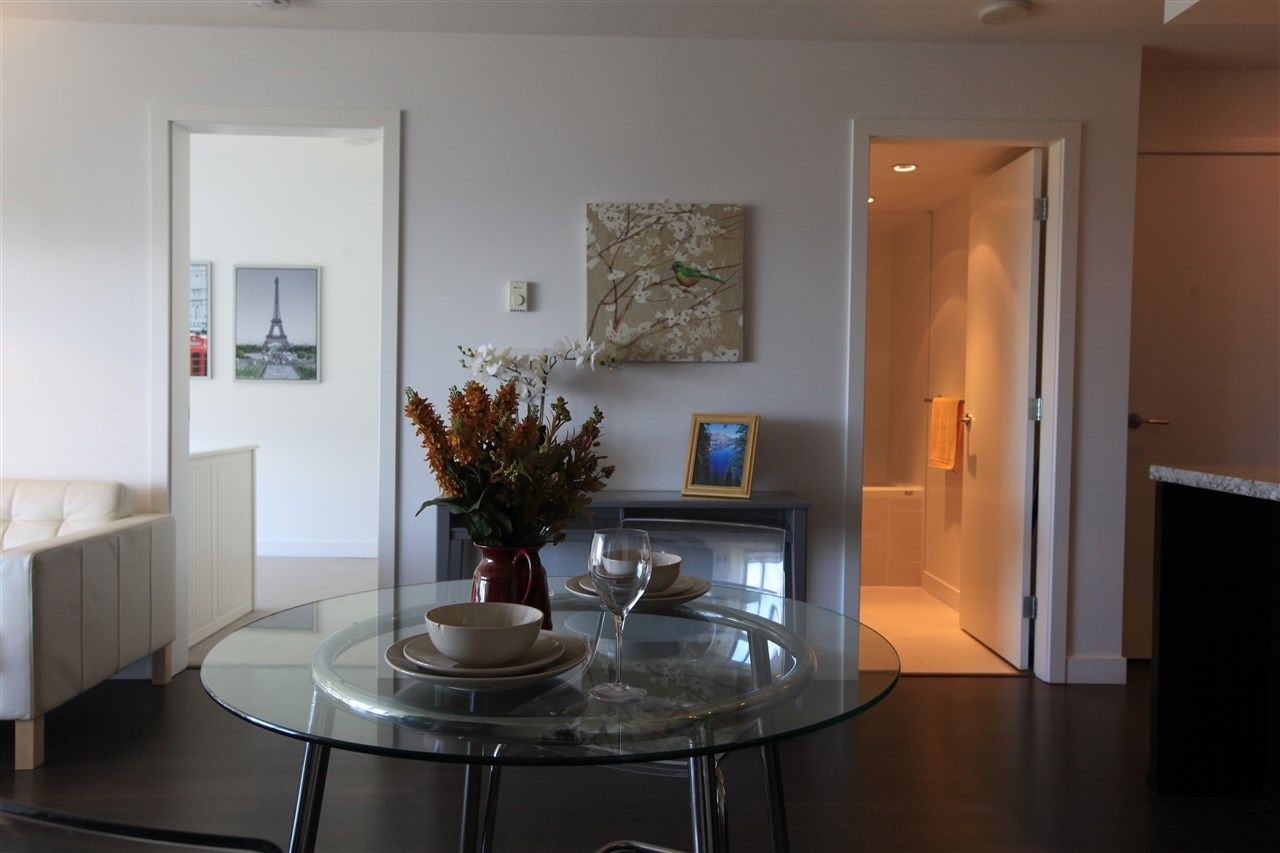 "Photo 5: Photos: 1801 1455 GEORGE Street: White Rock Condo for sale in ""AVRA"" (South Surrey White Rock)  : MLS® # R2214891"