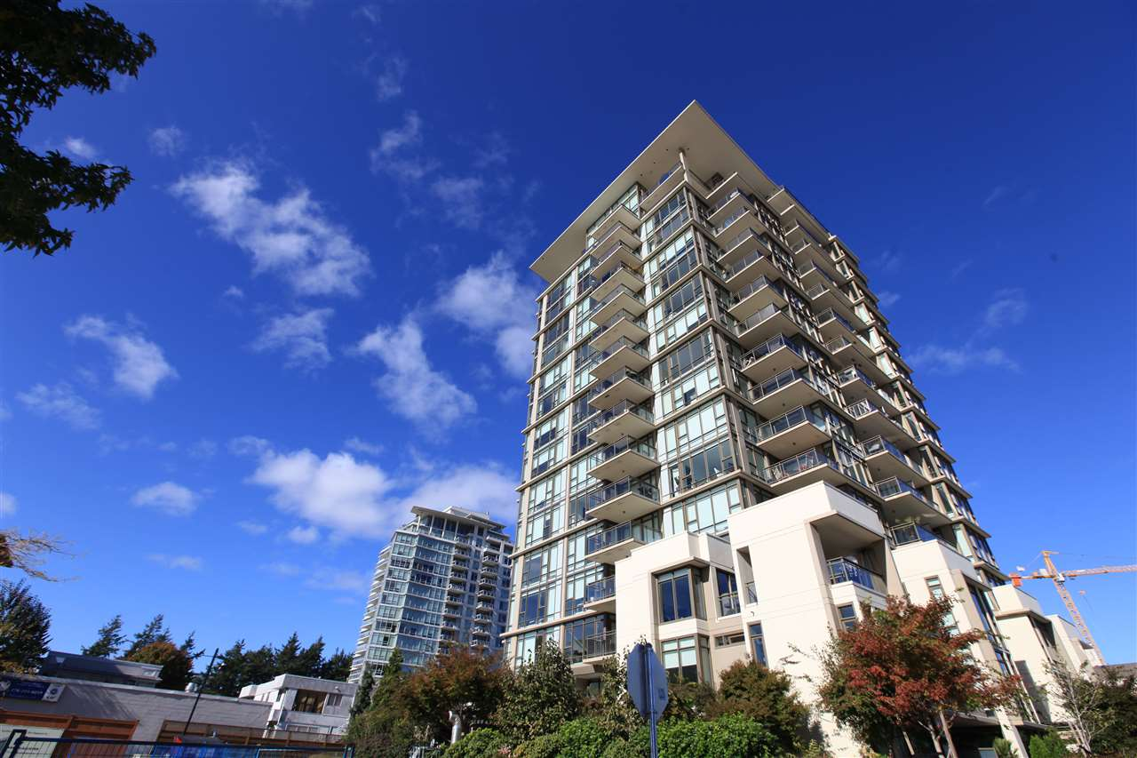 "Main Photo: 1801 1455 GEORGE Street: White Rock Condo for sale in ""AVRA"" (South Surrey White Rock)  : MLS® # R2214891"