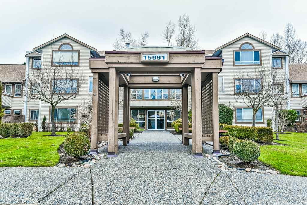 "Main Photo: 201 15991 THRIFT Avenue: White Rock Condo for sale in ""THE ARCADIAN"" (South Surrey White Rock)  : MLS® # R2229852"