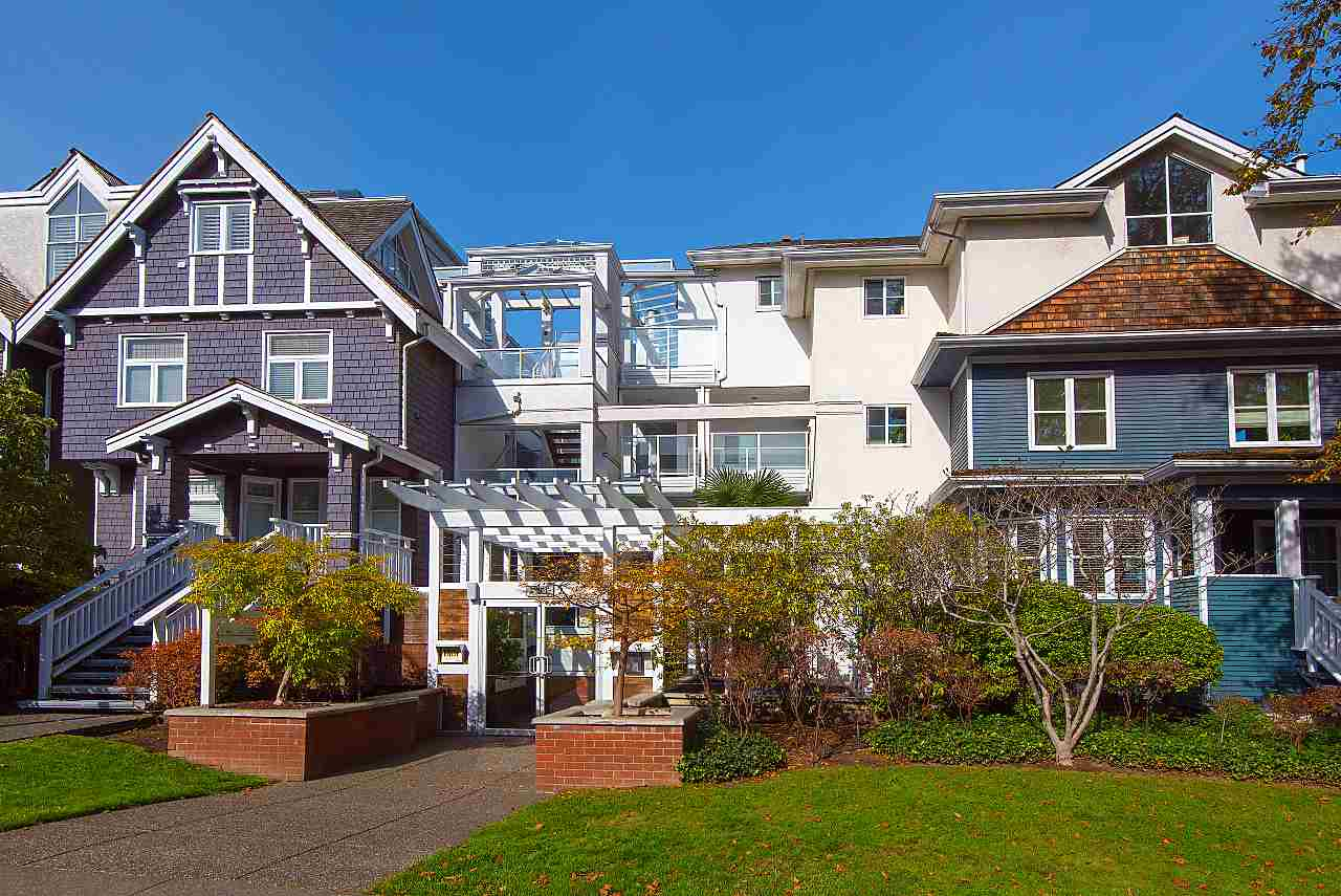 FEATURED LISTING: 212 - 2175 3RD Avenue West Vancouver
