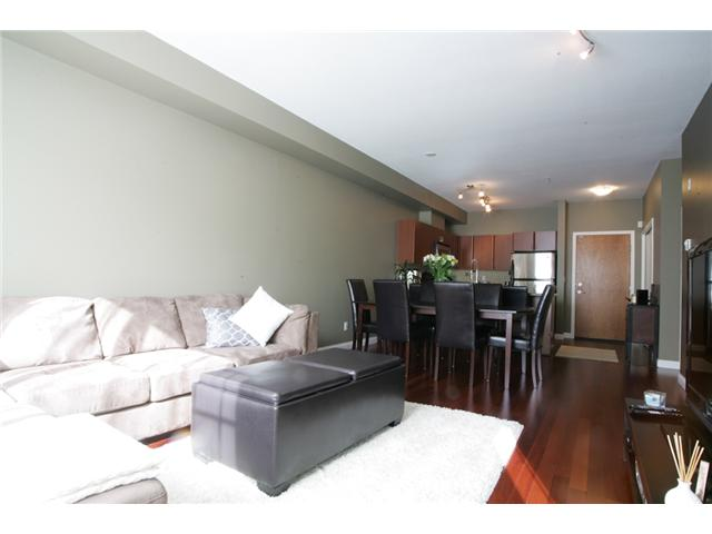 Photo 5: 205 2346 MCALLISTER Avenue in Port Coquitlam: Central Pt Coquitlam Condo for sale : MLS(r) # V894924