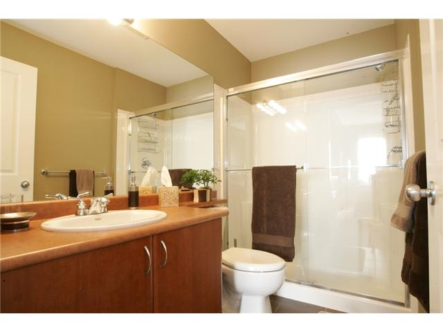 Photo 8: 205 2346 MCALLISTER Avenue in Port Coquitlam: Central Pt Coquitlam Condo for sale : MLS(r) # V894924