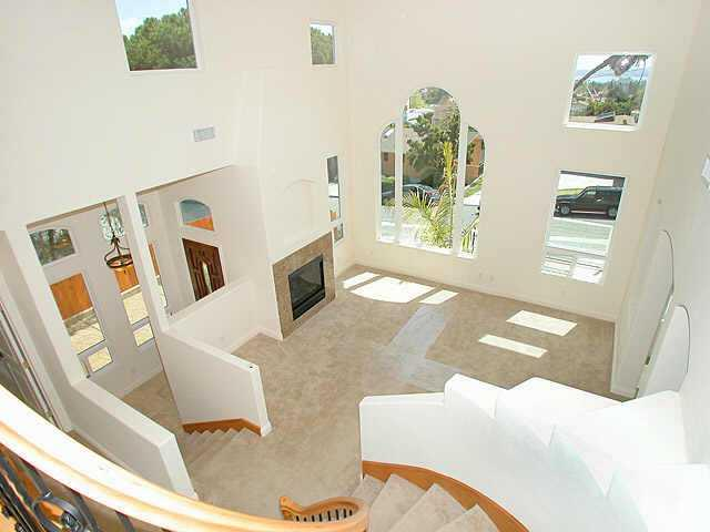 Photo 2: PACIFIC BEACH Home for sale or rent : 4 bedrooms : 1820 Malden