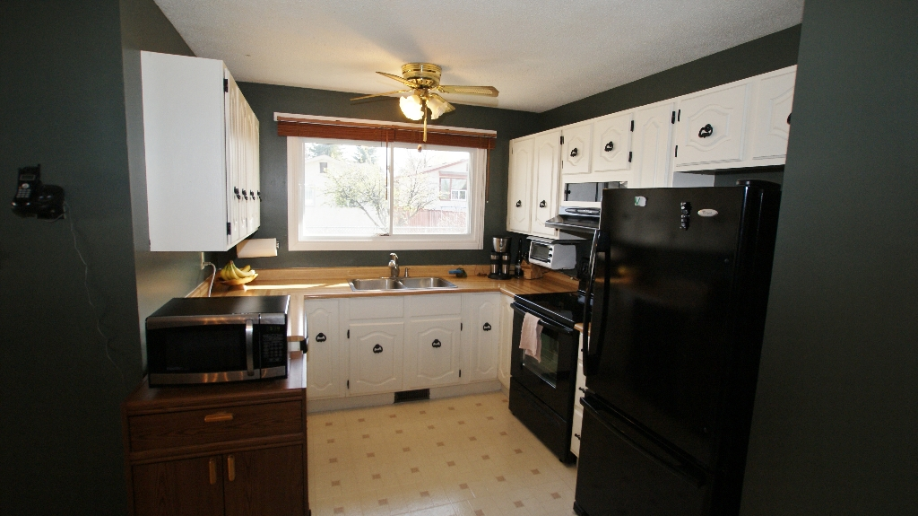 Photo 7: 122 Ashmore Drive in Winnipeg: Maples / Tyndall Park Residential for sale (North West Winnipeg)  : MLS® # 1208882