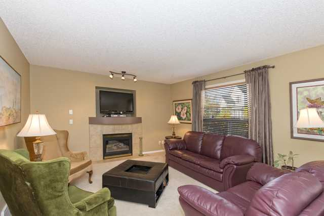 Photo 8: 278 VALLEY BROOK CIR NW in Calgary: Valley Ridge Residential Detached Single Family  : MLS(r) # C3639142