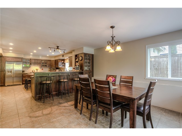 Photo 3: 1853 WINSLOW Avenue in Coquitlam: Central Coquitlam House for sale : MLS® # V1092003
