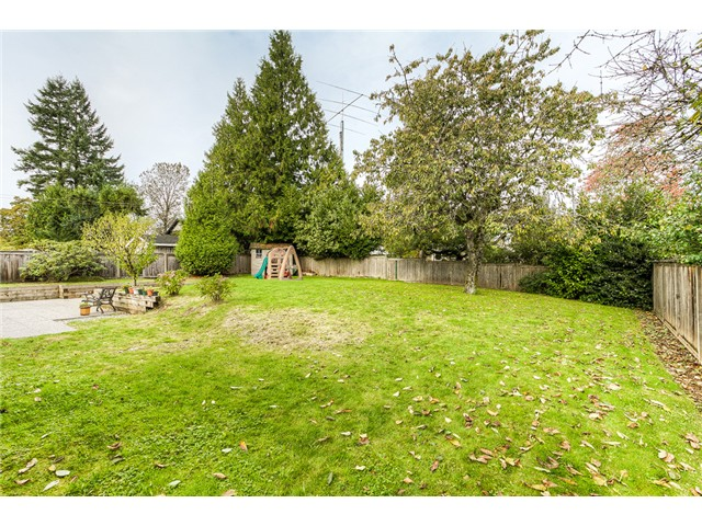 Photo 10: 1853 WINSLOW Avenue in Coquitlam: Central Coquitlam House for sale : MLS® # V1092003