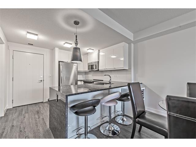 Main Photo: 201 15 ASPENMONT Heights SW in Calgary: Aspen Woods Condo  : MLS® # C4040342