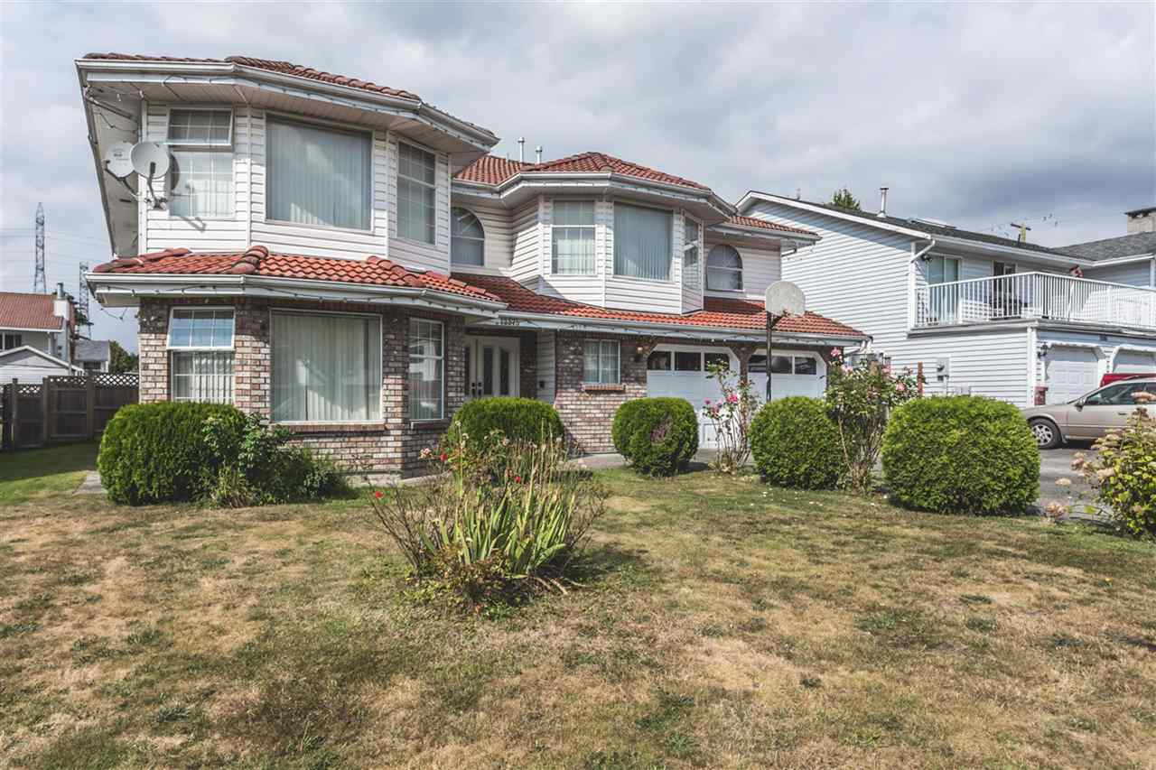 Main Photo: 12375 72A Street in Surrey: West Newton House for sale : MLS® # R2096500