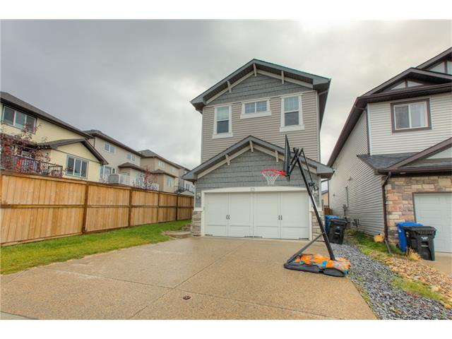 Photo 3: 23 SHERWOOD Crescent NW in Calgary: Sherwood House for sale : MLS® # C4082788