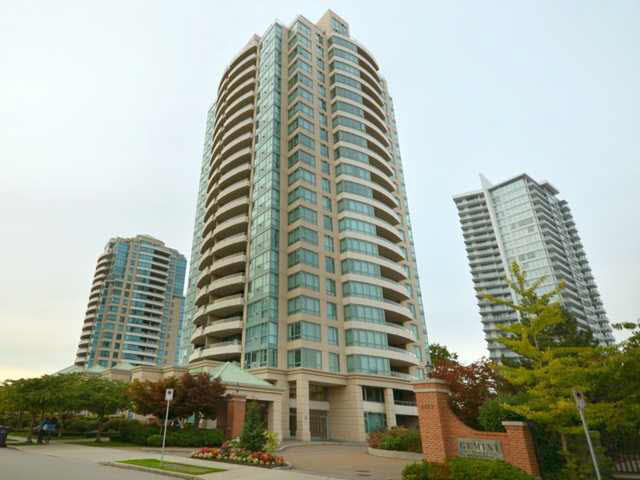 Main Photo: 1304 6659 SOUTHOAKS CRESCENT in : Highgate Condo for sale : MLS®# V945081