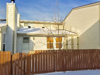 Main Photo: 7010 MILL WOODS Road S in Edmonton: Zone 29 Townhouse for sale : MLS(r) # E4054888