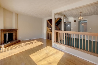 Main Photo: 2715 124 Street in Edmonton: Zone 16 Townhouse for sale : MLS(r) # E4056244