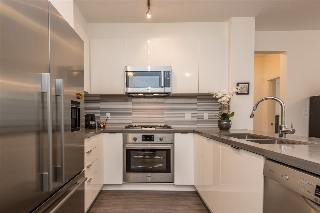 "Main Photo: 210 3138 RIVERWALK Avenue in Vancouver: Champlain Heights Condo for sale in ""SHORELINE"" (Vancouver East)  : MLS(r) # R2158596"