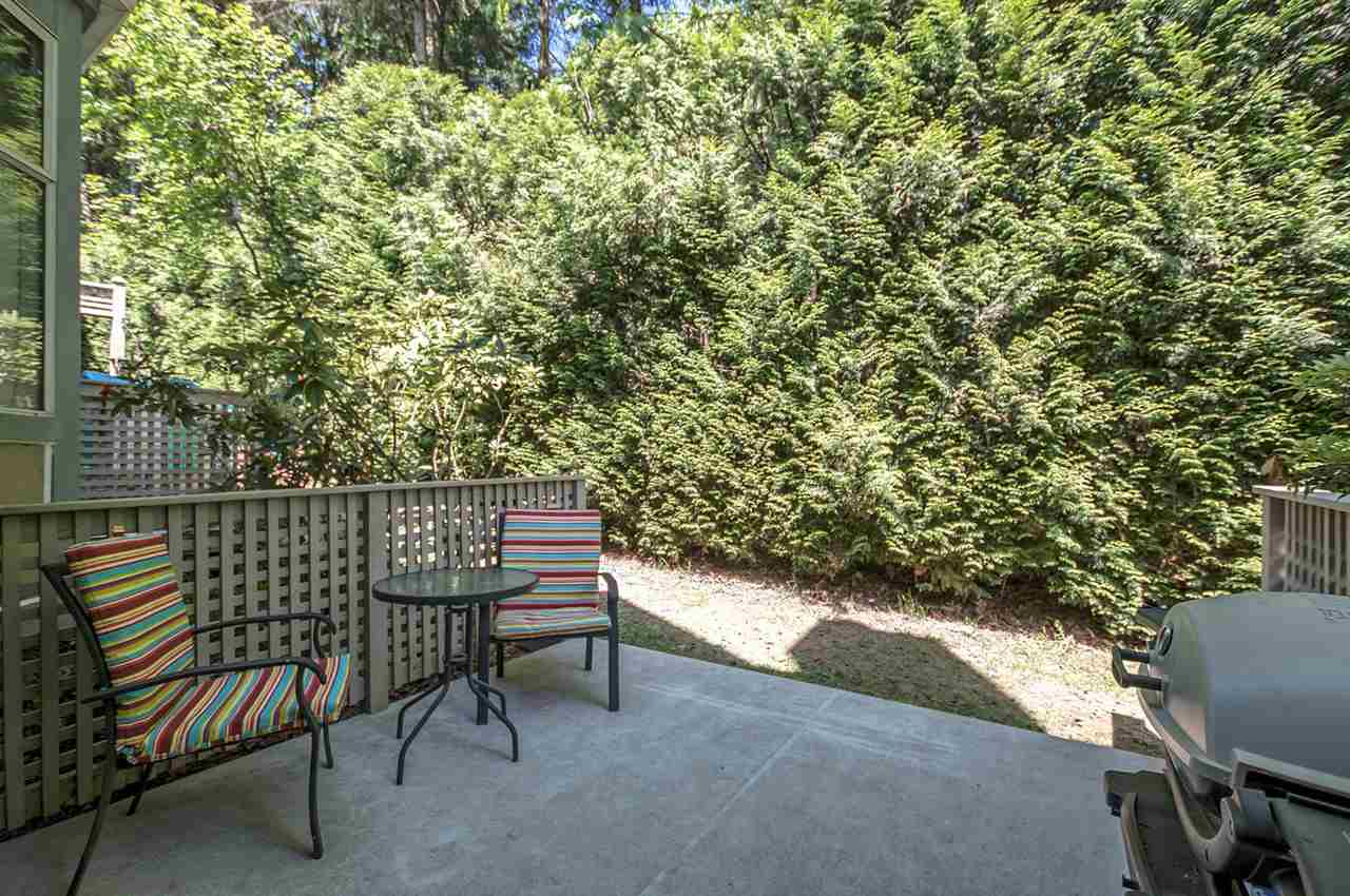 Photo 3: 9263 GOLDHURST TERRACE in Burnaby: Forest Hills BN Townhouse for sale (Burnaby North)  : MLS(r) # R2171039