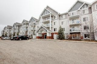 Main Photo:  in Edmonton: Zone 27 Condo for sale : MLS® # E4072775